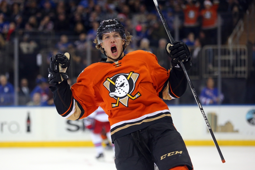 fae86ea52 NHL Alternate Jerseys  Top 10 for 2016-17 Season - Page 8