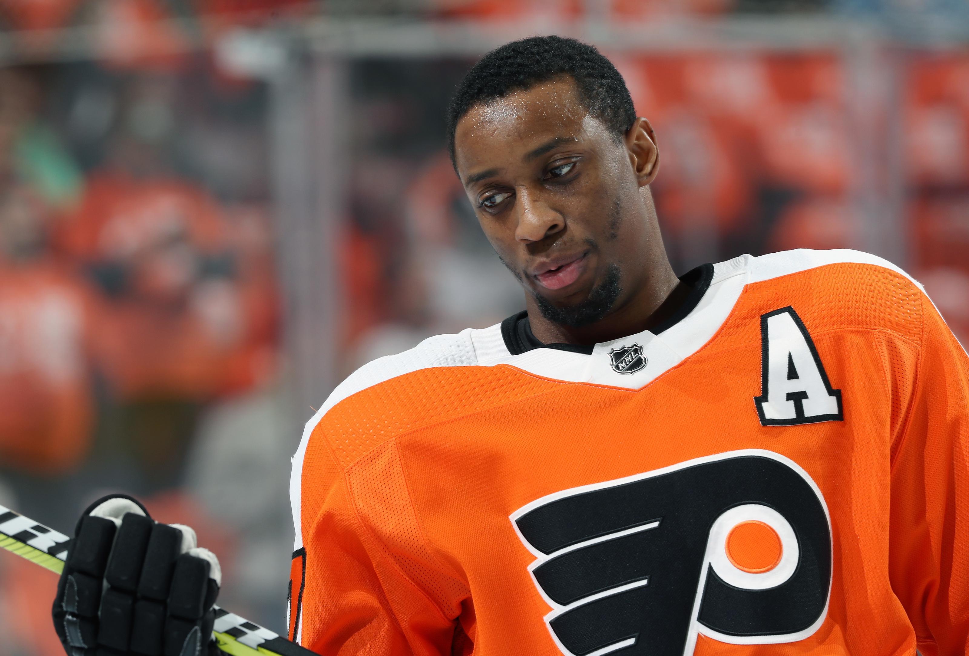 Philadelphia Flyers Wayne Simmonds Mark Messier Award Finalist