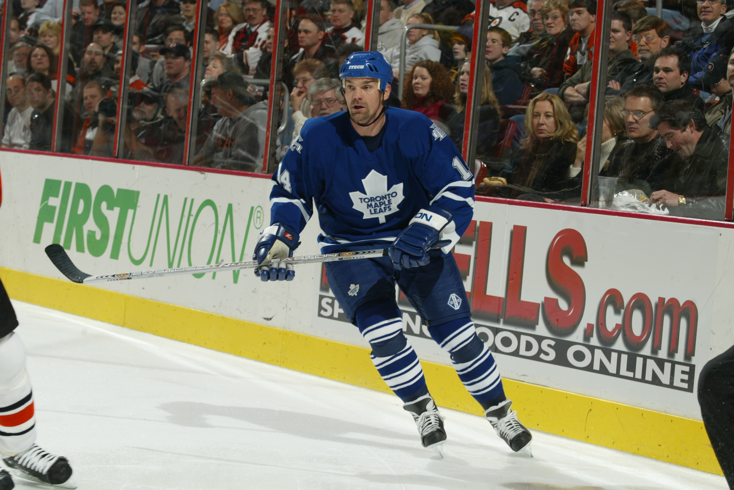 Maple Leafs veteran Joffrey Lupul apologizes for comments made on social media