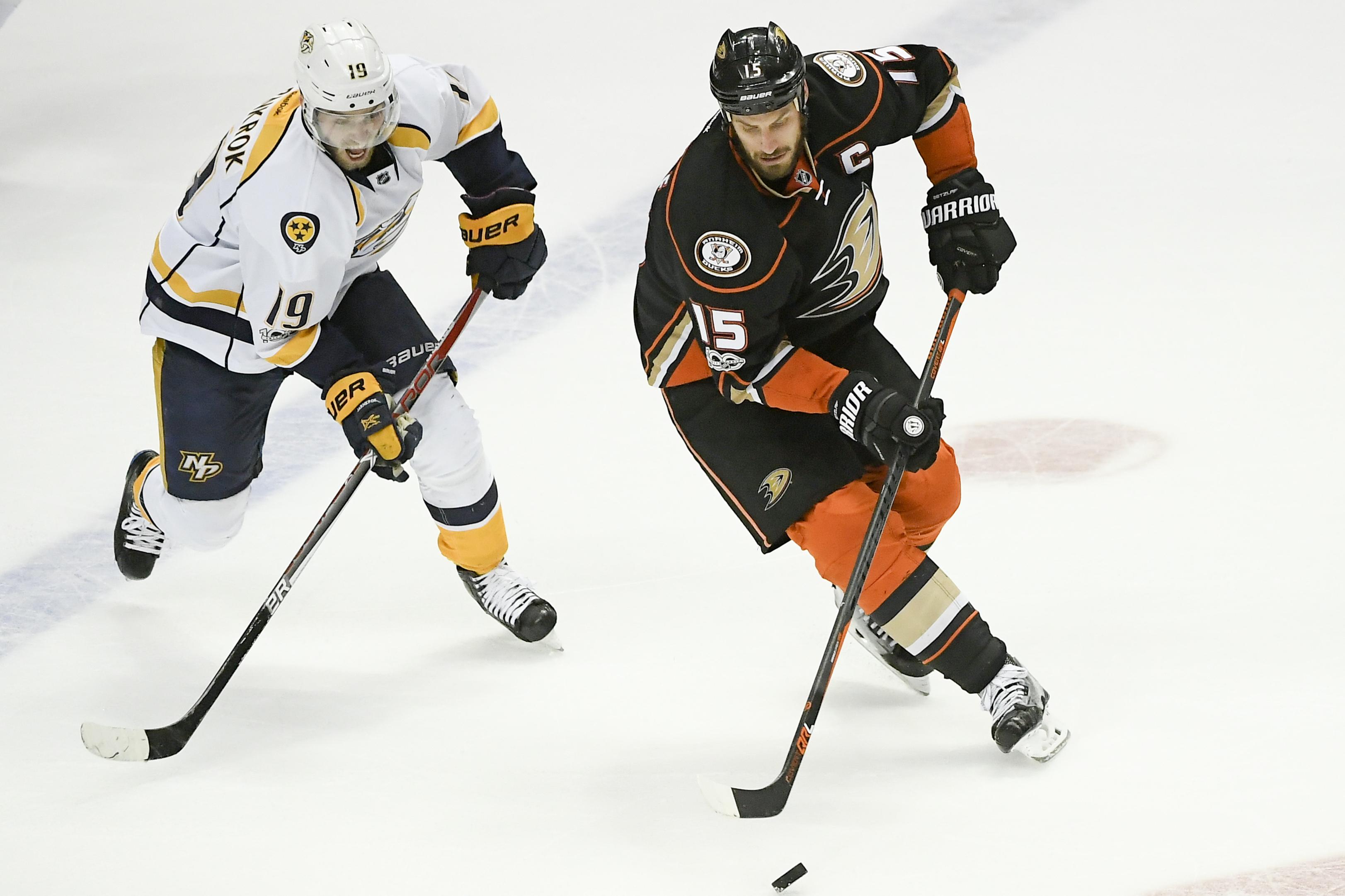 hot sale online 72376 b36b4 2017 Stanley Cup Playoffs: Ryan Getzlaf Ducks' Biggest Strength